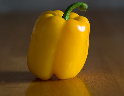 Sweet Bell Pepper Seeds - Gloria - Unique Color - Thick Walled Fruit - 20 Seeds
